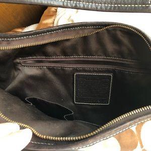Coach Bags - Turn lock hobo bag